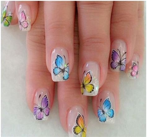 imagenes de uñas decoradas de varios colores im 225 genes de u 241 as decoradas con dise 241 os de mariposas y