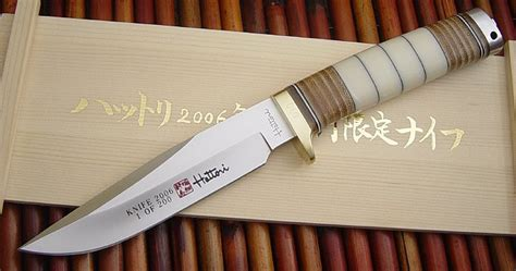 hattori kitchen knives great deal on hattori 240mm hd damascus gyuto chef