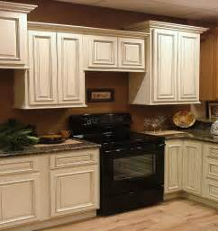 Sherwin Williams Kitchen Cabinet Paint Colors Cabinets Ideas Kitchen Paint Colors Maple Cabinets