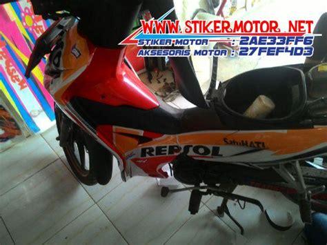 Striping Variasi Revo 3 testimonial striping motor honda revo repsol stikermotor net