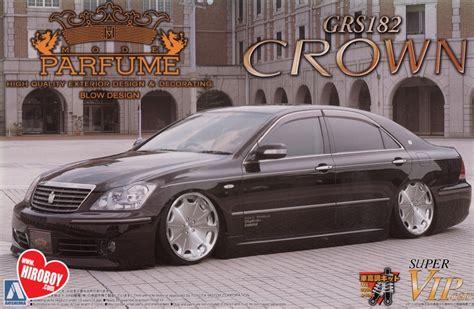 Aoshima Vip Car Parfume Crown 1 24 toyota crown grs182 mode parfume vip model kit