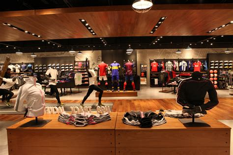 nike usa imagenes nike store in argentina earns gold leed certification