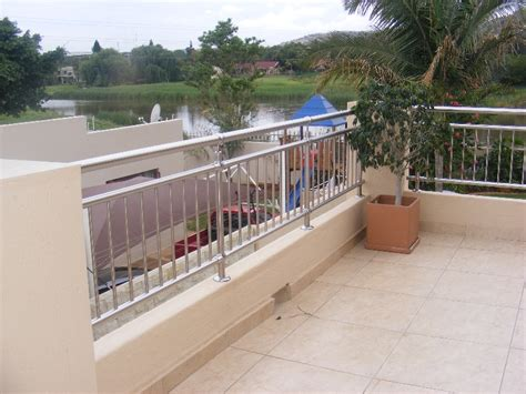 Low Maintenance stainless steel balcony balustrades a safer solution for