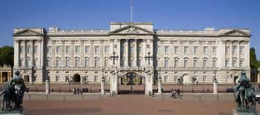 on my way to buckingham palace to meet her majesty