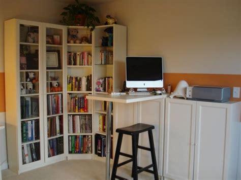 jmu book a study room 仕事場探訪 キッチンキャビネットはデスク収納としても使えるらしい ライフハッカー 日本版