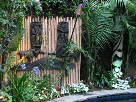 tiki backyard 25 best ideas about outdoor tiki bar on pinterest tiki bars tiki house and outdoor