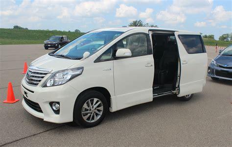 lexus minivan image gallery lexus minivan 2015