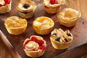 farmers market mini fruit pies duncan hines 174