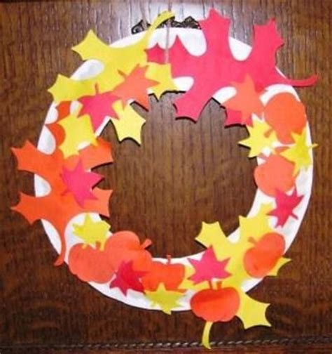 paper plate fall crafts paper plate fall leaf wreath preschool items juxtapost