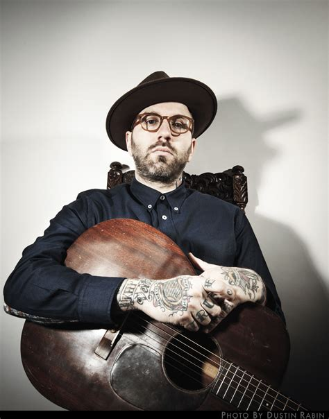 the city and color premiere city and colour quot the lonely