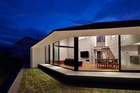 designboom japan house hayato komatsu architects completes house in shinyashik