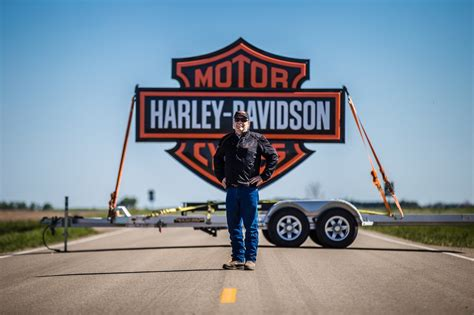 Town Harley Davidson by Harley Davidson Aims To Create World S Motorcycle