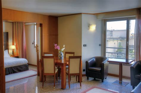 appartment in nice file apartment hotel nice jpg wikimedia commons