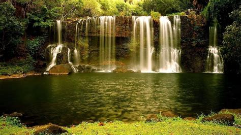 desktop themes nature waterfall hd wallpaper beautiful natural waterfall beautiful
