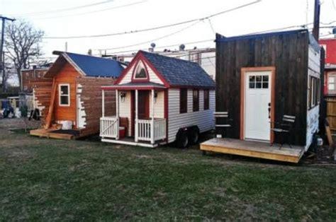 what is the tiny house movement the tiny movimiento de las casas peque 241 as smart living