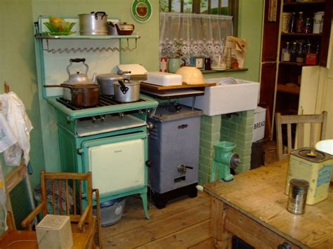 1930 style kitchen cabinets