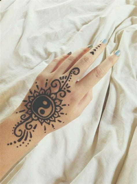 yin yang henna tattoo tons of the best henna designs tattoos beautiful