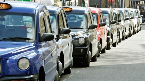 Scotland Yard Criminal Record Check Backlog Forces Cabbies Road As They Wait For Criminal Records Checks