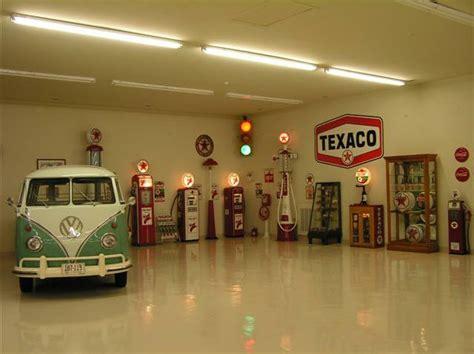 Garage Diner by Lewis Retro Garage Bar Diner Booths Jukebox Soda Machine
