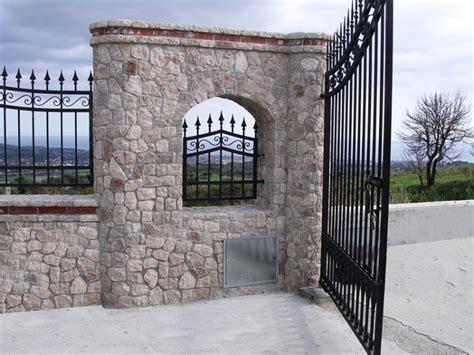 ingresso ville la dolomite pietra di canolo
