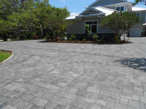 Granite Patio Pavers Stonehurst Granite Paver Driveway Installed In A Random Pattern By Trademark Pavers Paver