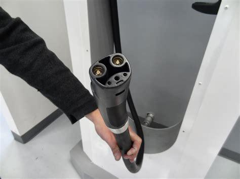 Tesla Supercharger Connector Visit At Tesla Motor Ev Owners Association