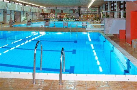sonnenberg schwimmbad blaulicht aus stuttgart 9 april beim baden schwer