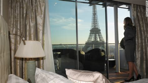 best view of eiffel tower from hotel room how to score the best hotel rooms cnn