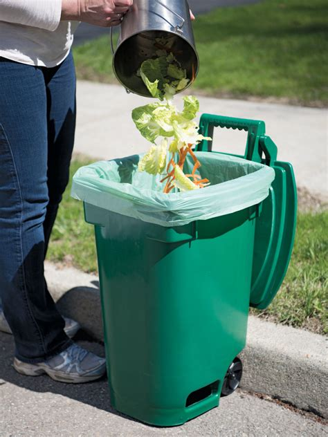 divert household waste  trash  compost gardeners