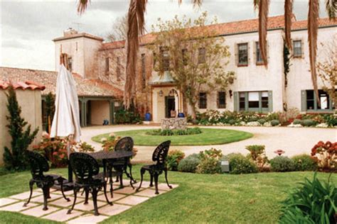 spanish mission style courtyard home books worth inspired by spain a star is born