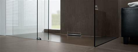 doccia a pavimento costi piatti doccia pro e contro di tutti i materiali