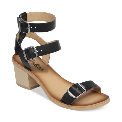 lucky brand sandals lucky brand womens iness city sandals in black lyst