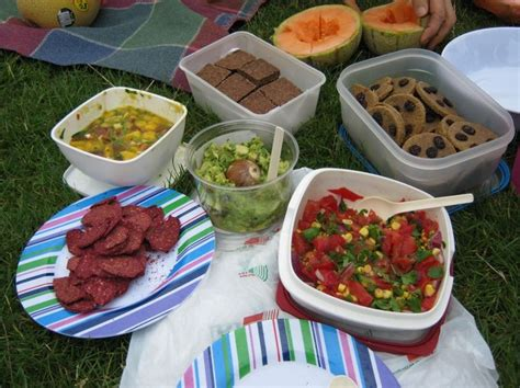 picnic food ideas things to do near home pinterest
