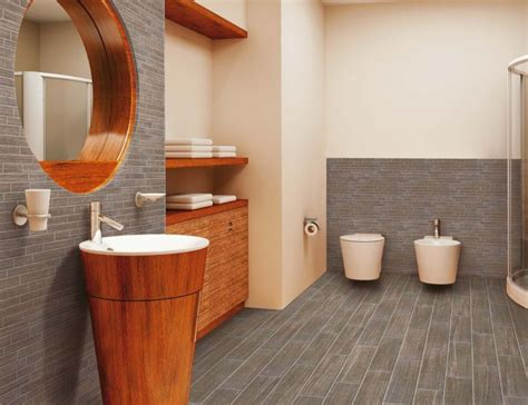 Dunkle Badezimmer Fliesen Reinigen by Boden Mit Authentisch Wirkenden Fliesen In Holz Optik