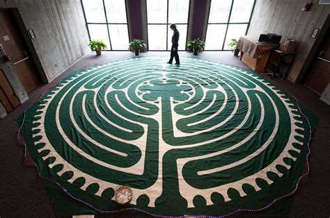 Labyrinth Rug by The Year In Photos Top Stories Of 2013 Of