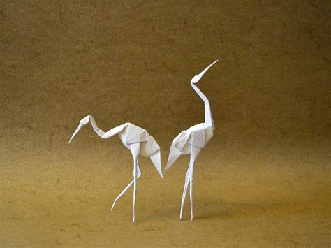 Origami Standing Crane - 24 beautiful migratory origami birds for the origamimigration