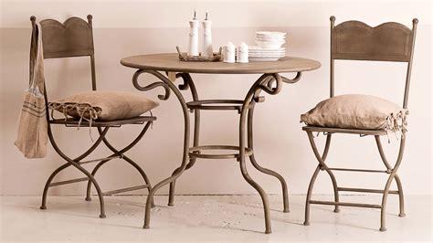 arredamento in ferro battuto tavoli in ferro battuto