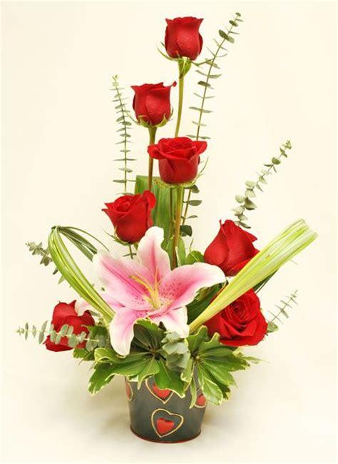 s day flower arrangements 25 best ideas about flower arrangements on valentines flowers margarita