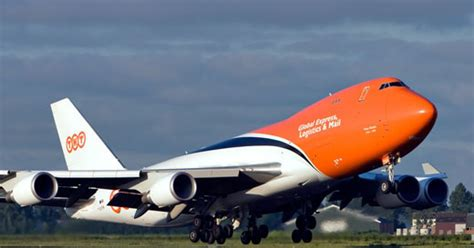 tnt express to sell fashion logistics business air cargo world