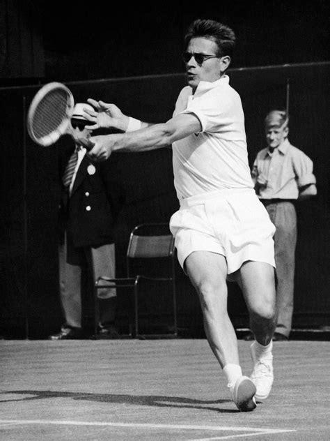 Jaroslav Drobný - 1953 Wimbledon Gentlemen's Singles