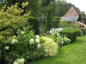 jardin remarquable reflets argent