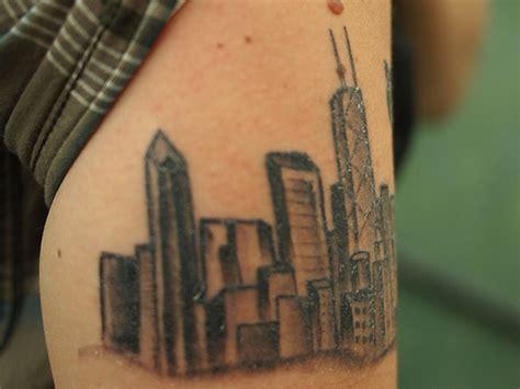 Chicago Skyline Tattoo On Wrist Tattoos Book 65 000 Chicago Skyline Tattoos Back