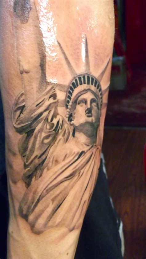 building tattoos grey ink 3d statue of liberty design for