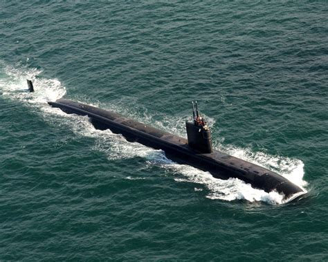 uss asheville ssn 758 navy site file us navy 060215 n 9500t 045 the los angeles class fast