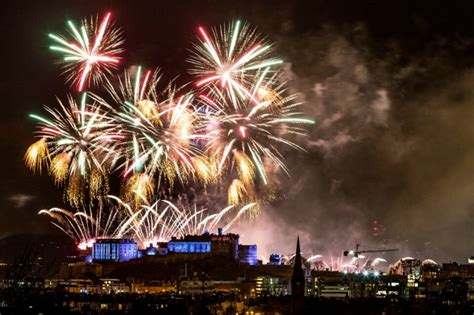 new year in edinburgh 2016 5 things to do at edinburgh s hogmanay 2016 17 dickins