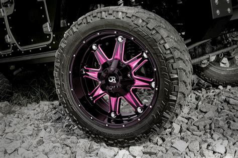 rtx spine wheels gloss black  pink accents rims