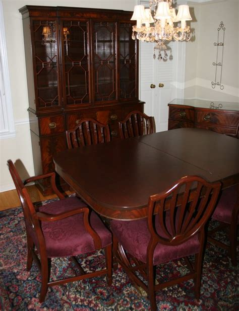 Mahogany Dining Room Set by 042208 Duncan Phyfe Style Mahogany Dining Room Set Lot