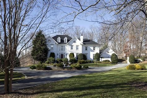 charming 2 485m colonial manse in potomac maryland