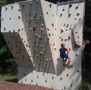 Backyard Rock Climbing Wall Ben S Backyard Climbing Wall