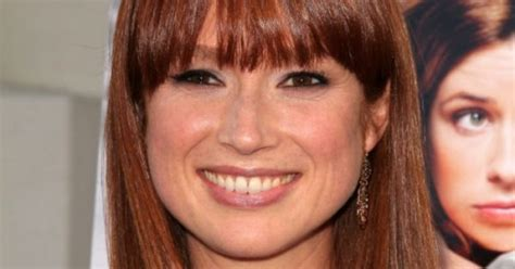 ellie kemper might need to steal her hair color lovely erin from the office i need new hair pinterest hair